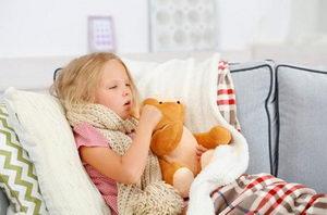 Тонзиллит - вот отчего у ребенка болит горло
