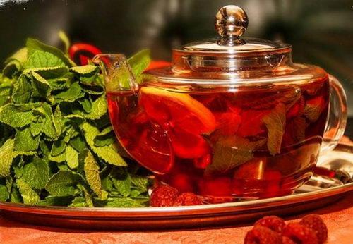 Рецепт травяного малинового чая