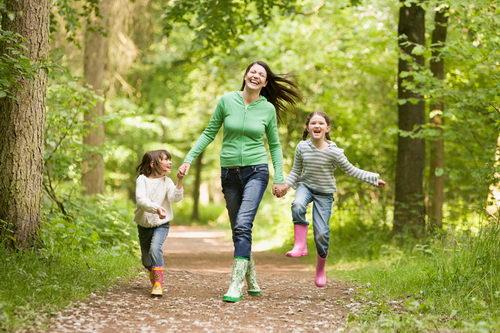 Прогулки защищают от вирусов и укрепляют иммунитет